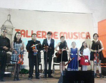 Concierto de violines muestra el talento de niños en Uyuni