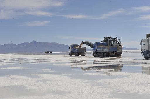 Bolivia deberá pagar 50 millones de dólares por concesión minera en el Salar de Uyuni
