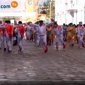 La alegría del carnaval de Uyuni no cabe en el YouTube